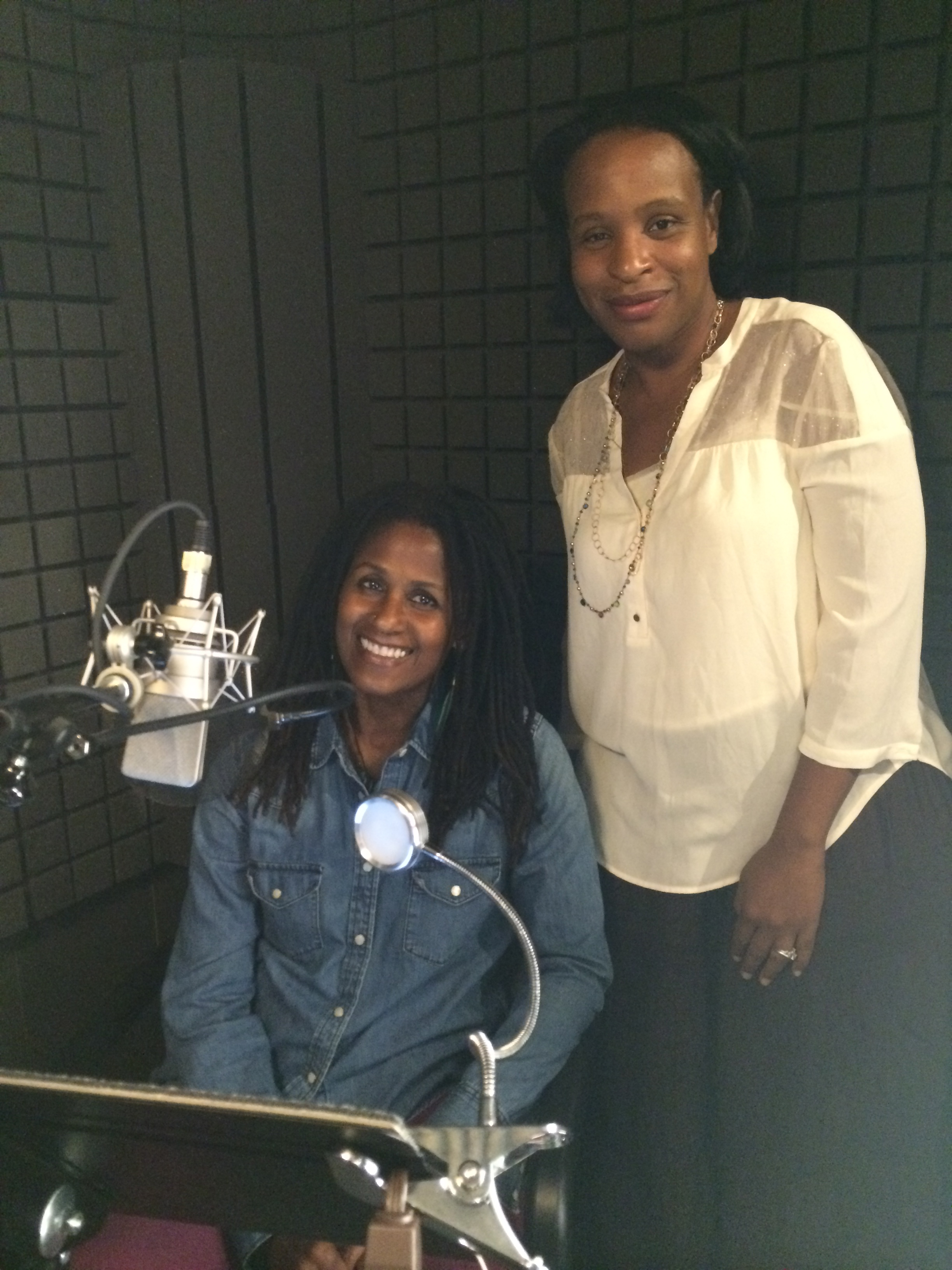 Author Nicola Yoon visits Bahni Turpin as she records EVERYTHING, EVERYTHING